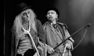 Waiting-for-Godot-Play-Pa-001