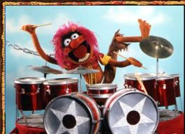 Animal-rockin-on-the-drums